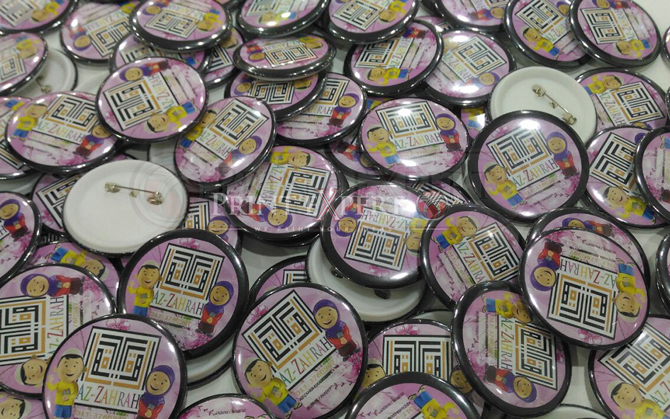 Button Badge Samples: Photo 2